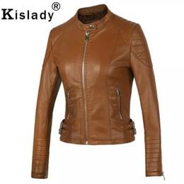 Gabardinas de cuero marrón online-2019 de las nuevas mujeres chaqueta de cuero de la PU de la chaqueta de la motocicleta de plata Negro Marrón delgado corto capa rosada foso de cuero Otoño Invierno Outwear
