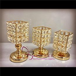 Porta candela cilindro in cristallo online-Portacandele in cristallo quadrato oro portacandele centrotavola matrimonio Decorazioni decorative-3 pezzi di un set PORTA CANDELA VOTIVO IN CRISTALLO
