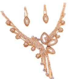 orecchini della collana della farfalla di cristallo Insieme dei monili nuziali accesssories nuziali di cerimonia nuziale 2017 nuovo regalo di cerimonia nuziale di vendita calda da
