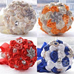 Seidenbrautstrauß online-2019 Creme Braut Brautstrauß Brautschmuck Romantische Künstliche Brautjungfer Blume Kristall Perle Silk Rose Bouquet für Hochzeit Braut