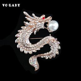 piedini drago Sconti VC-LADY Nuovo Zodiac Dragon Zircon Pearl Rhinesto Spilla Pin Dress Decorazione Fibbia Pin Gioielli Spille per le donne