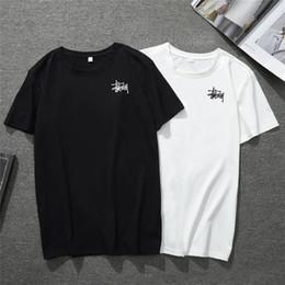 Недорогие мужские поло онлайн-2019 Limited Обеспечить Мужские женские топы STUSS Модные футболки для кошек Polos O-образным вырезом из хлопка Slim Fit Удобный белый черный Для продажи Дешевая футболка