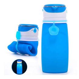 Argentina TOP! -Botellas de agua plegables con luz LED recargable USB, botella plegable de 550 ml, nuevo favorito para acampar al aire libre, Gr cheap bottle top led Suministro