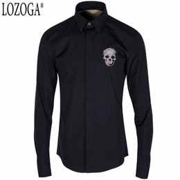 camisas de manga larga broche Rebajas Camisa Lozoga para hombre de lujo de calidad cráneo bordado broche camisa de manga larga de los hombres blanco y negro moda de los hombres estilo delgado