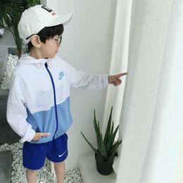 Çocuklar Mont Lüks Tasarımcı Rüzgarlık Gevşek Erkek Ceket Şarj Giyim Ceket 2019 Bahar Çocuk Konfeksiyon Çocuk Çocuk Fermuar great_baby nereden basılı kimono ceket tedarikçiler