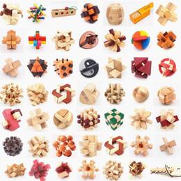 2019 bolas de kong Quebra-cabeças de madeira quebra-cabeças de brinquedos de kong ming luban bloqueio brinquedos montar bola cubo desafio qi cérebro diy brinquedos educativos de madeira para crianças desconto bolas de kong