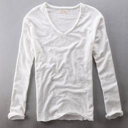 Deutschland Herren Tops Tees 2019 Sommer neue Baumwolle Leinen V-Ausschnitt Langarm T-Shirt Modetrends Casual T-Shirts schwarz weiße Kleidung Versorgung