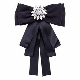 Novo Exagerado Bowknot Flor Cristal Boêmio Bowtie Europeu Listrado Pano Tecido Laços Mulheres Festa de Casamento de Fornecedores de camisas de algodão por atacado