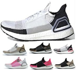 promo code 249c0 6f2a8 Ultra Boos 5.0 19 Scarpe da corsa Sneakers 2019 Bianco Uomo Donna Ultraboos  Uncaged Mid Boots Scarpe da tennis Sport Uomo Donna Zapatos Scarpe scarpe  boos ...
