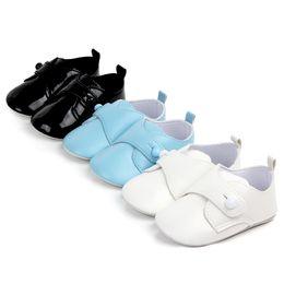 Nuovi mocassini bambino suola rossa in pelle verniciata per bimbi e bimba Scarpe con infante a bottoncini piccoli Passeggini scarpe da sposa da