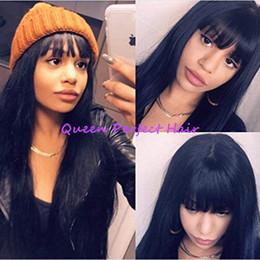 cheveux frange droite Promotion Plein Bangs Naturel Noir Long Soyeux Perruques Droite avec Bébé Cheveux Résistant À La Chaleur Gluelese Synthétique Aucun Perruques En Dentelle pour La Mode femmes noires