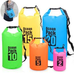 Açık Su Geçirmez Çanta PVC Kuru Çanta Kova Kılıfı kayık Sürüklenen Yüzme için Yüzer Tekne Seyahat Kiti Plaj Depolama Su Torbaları toptan nereden