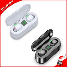 2019 хинди mp3 видео F9 TWS Беспроводные Наушники Bluetooth V5.0 Наушники Bluetooth Наушники Светодиодный Дисплей Стерео Наушники С 2000 мАч Зарядки Чехол Гарнитура