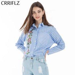 blu bluse di fiori Sconti Camicia Camicetta a maniche lunghe a maniche lunghe con maniche lunghe 2019 Camicie eleganti Camicie a fiori con ricamo a righe blu Camicia da donna CRRIFLZ