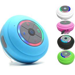 2019 caja de mp4 mp3 Altavoz inalámbrico Bluetooth Impermeable Led Radio FM Subwoofer Bluetooth Columna TF Tarjeta de succión Mini Ducha Altavoz para teléfono celular tableta