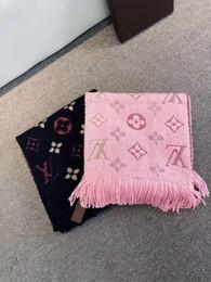 Lo nuevo 35 cm * 180 cm Mujeres Moda Diseño Bufandas mujeres Invierno Lana Cashmere Bufanda de Alta Calidad Gruesa Caliente Larga Bufanda A33ER desde fabricantes