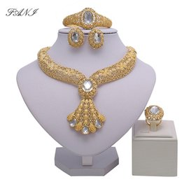 necklaces design dubai Coupons - 2018 Bridal Gift Nigerian Wedding African Beads Jewelry Set Brand Woman Fashion Dubai Gold Color Jewelry Set Wholesale Design