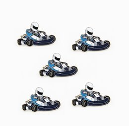 pin motor Sconti LOTS 5 pz Go-Kart Distintivo Spilla Go Kart Racing Karting Spilla Motore SOUVENIR Fan Regali Gioielli 2.8 X 1.9 CM