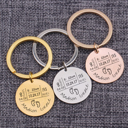 Число связок ключей онлайн-Personality Custom Numbers Baby Name Wight Height Born Date Present Memory Keychains Private Customized Keyring Key Holders