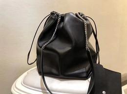 ed0d0c7c02 7 Foto nel 2018 la nuova catena di pelle di pecora una borsa a tracolla  32cm una borsa