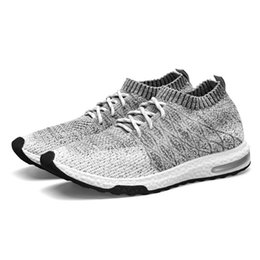 Мужская летняя обувь онлайн-New Breathable Mesh Summer Men Casual Shoes Slip On Male Fashion Footwear Slipon Walking Unisex Couples Shoes Mens Colorful