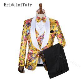 Vestidos formados de azul royal para homens on-line-BridalaffairSuit Men Brand New Slim Fit Negócios Formal Wear Tuxedo Vestido de Casamento de Alta Qualidade Mens Ternos Traje Casuais Homme