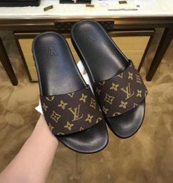 Glissière en caoutchouc de designer sandale florale brocart hommes pantoufle Gear bas Tongs femmes rayé plage pantoufle US6-11 # 035 ? partir de fabricateur