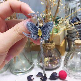 donne di cappotto invernale della farfalla Sconti New Moon dell'annata con la farfalla Spille per le donne invernali accessori del cappotto elegante del partito degli accessori di alta qualità Nuova nappa Pin