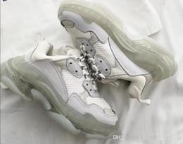 Zapatos de arranque para las mujeres online-2020  Balenciaga Nuevo Lujo Crystal Bottom Casual Shoes Triple S 2.0 Sneaker Designer Old Dad Sneaker Boots Mens Mujer Casual Shoes Sneakers