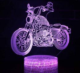 2019 цвет оптических иллюзий Мотоцикл 3D Светодиодные Оптические Лампы Иллюзии 7 Изменение Цвета Сенсорный Выключатель Огни Скульптуры Искусства СВЕТОДИОДНЫЙ Стол Стол Ночной Свет Потрясающий Подарок дешево цвет оптических иллюзий