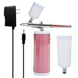 Conjunto de oxigênio on-line-Portátil Airbrush Set Mini Spray arma Bomba Pen Set Air Compressor Kit Oxygen Inject Máquina pele Rugas remoção de dispositivos