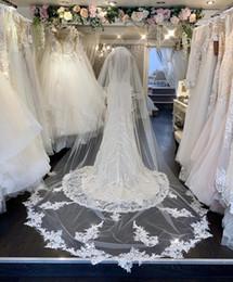 2019 New Wedding Veil 3M Avec Peigne Dentelle Mantilla Voile De Mariée Accessoires De Mariage Cathédrale Longueur Élégant ? partir de fabricateur