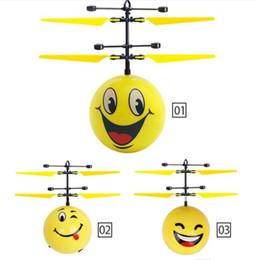 Deutschland Eshop Flug-Flugzeuge Kugel-Hubschrauber-Spielzeug Infrarot-Induktions-Drone Suspension Fliegen Flugzeug LED-Gadget Spielzeug für Weihnachtsgeschenk Versorgung