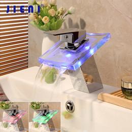 Luci di ponte quadrate online-JIENI LED quadrato in ottone massiccio cascata bagno piastra di copertura cromata Deck Mount Lavabo Lavello Rubinetto rubinetto miscelatore