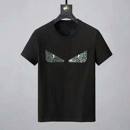 La ricamatrice della maglietta disegni applique online-2019 Brand New Design O-Neck Mens tshirts Cute Eyes ricamo casual t shirt uomo manica corta cotone t-shirt