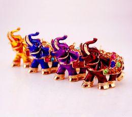 3D Crystal Rhinestone Lindo Elefante Llavero de Metal Llavero Llaveros del coche Bolso de los encantos Bolso colgante de metal animal colgante llavero de Regalo desde fabricantes