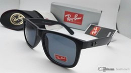 Argentina Nueva moda Ray Gafas de sol UV400 Justin Hombres Mujeres Marca Diseñador Conducción BANS Lunette Occhiali Gardient Gafas de sol 4165 Negro con estuche Suministro