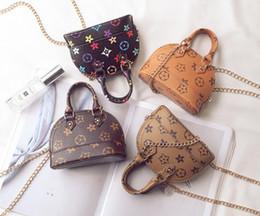 bolsos de cuero bolsos para niñas Rebajas New Kids Purses Little Girls Gifts Toddler Purse Kid Mini Messenger Bag Niños PU Cuero Shell Un bolso de hombro