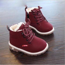 Новая зима для ребенка Девочка Мальчик снег сапоги комфорт толстые противоскользящие короткие сапоги мода хлопок-мягкие ботинки cheap winter padded boy shoes от Поставщики зимняя мягкая обувь для мальчика