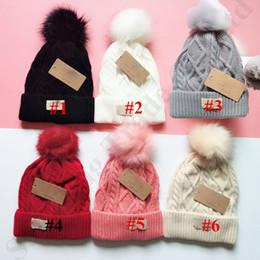 Austrália Mulheres UG chapéu morno do inverno de lã grossa Beanie Outdoor Crochet Pom Ski Hat Cap Moda com forro de lã Knit Slouchy Beanie C91102 de