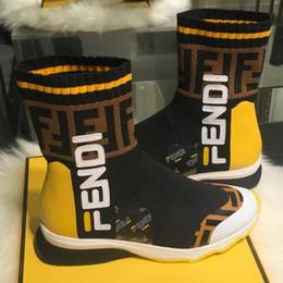 телячьи носки Скидка Upper Kint Sneakers Boots Мужские слипоны на носках Дизайнерская обувь Женские высококачественные плоские серединные кроссовки из теленка с коробкой LLL