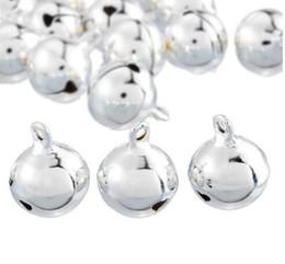 Jingle bells artesanato on-line-Jingle Bells Pingentes de prata Pendurado Enfeites de Árvore de Natal Decorações de Natal Do Partido DIY Artesanato Acessórios 18x14mm