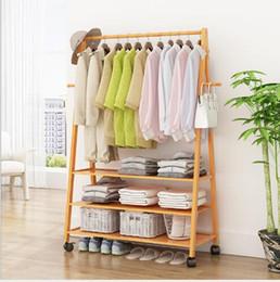 2019 affiche de vêtements de fer Vêtements et porte-chapeau atterrissage lichen rack chambre simple étendoir Nanzhu atterrissage chambre salon creative étagère cintre