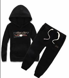 2019 ropa de lujo de acción de gracias Niños bebés y niñas camisetas de diseñador y trajes largos de marca Trajes Ropa de niños Conjunto Venta caliente Moda Verano Ropa para niños gratis