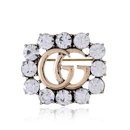 Ropa fina online-Accesorios de vestir de lujo de la mujer broche de cristal preciosa aleación fina conjunto diamante corsage juguete