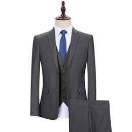 Gris oscuro de los hombres de negocios se adapta a tres piezas de un botón de ajuste clásico del novio de la boda smokinges por encargo chaqueta chaleco chaleco desde fabricantes