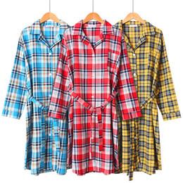 Langärmelige nachthemden online-100% Baumwolle Plaid langärmelige lange Robe Woven Nachthemd Dessous Robe Plus Size Bademantel Bademantel Bademantel Home Kleidung
