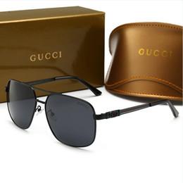 Lüks erkek Güneş Gözlüğü Tasarımcı Sıcak Moda Stil Sunglass Erkekler için Marka Yaz Kadın Cam UV400 Kutusu ve Logosu ile Çok Y ... nereden toptan şık bayan üstleri tedarikçiler