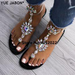 sandalias negras gruesas talon Rebajas YUE JABON 2018 zapatos de la mujer de las sandalias de las mujeres Cadenas Rhinestones plana sandalias de tiras de cristal chancletas de gladiador 43