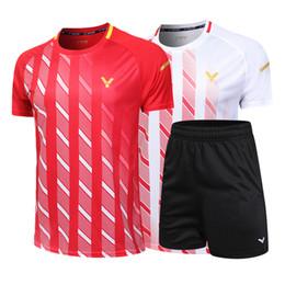 Nuevo, Victory badminton shirt + shorts Hombres / Camiseta de tenis de mesa para mujer, Camiseta de tenis de secado rápido, Ropa de badminton, Envío gratis desde fabricantes